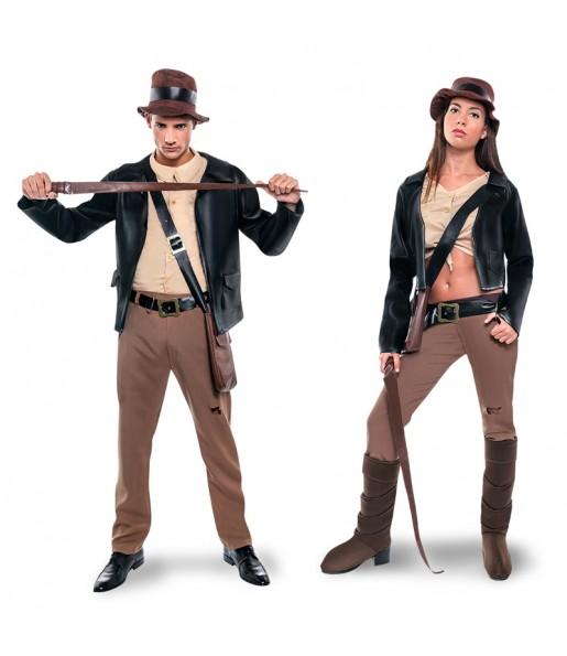 Pareja Arqueólogos Indiana Jones