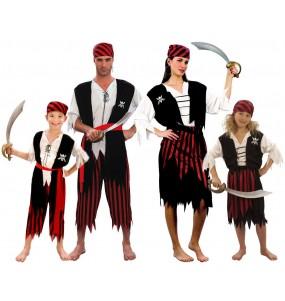 Grupo Disfraces de Piratas Espadas
