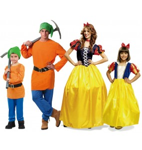 Grupo Disfraces Enanitos y Blancanieves