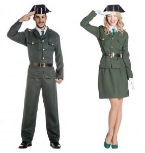 Pareja Agentes Guardia Civil