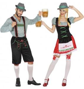 Pareja Alemanes fiesta de la cerveza