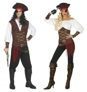 Pareja Capitanes barco pirata