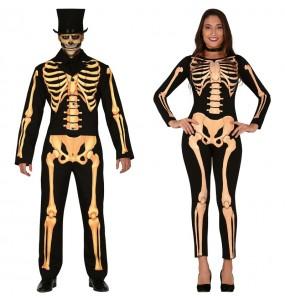Pareja Esqueletos
