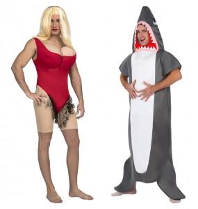 Pareja Socorrista Baywatch y Tiburón