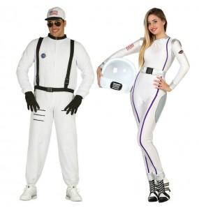 Pareja Astronautas Americanos