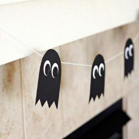 Guirnaldas y faroles de decoración para fiestas Halloween