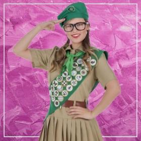 Compra online los disfraces y uniformes de profesiones para mujeres más originales