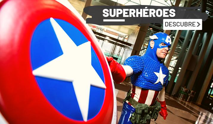 trajes y disfraces de superhéroes
