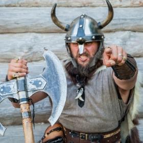 Disfraces de vikingos y vikingas para fiestas y Carnaval