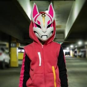 Disfraz de Fortnite para niña y niño