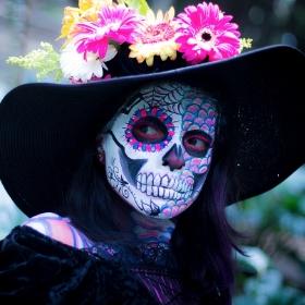 Máscaras de calavera Catrina para disfrazarte en Halloween