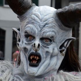 Máscaras de Diablo para disfrazarte en Halloween