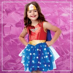Compra online los disfraces de Superheroína para niñas más originales