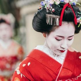 Disfraces de geisha y japonés para fiestas y Carnaval