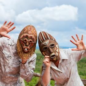Disfraces de tribu y africanos para fiestas y Carnaval