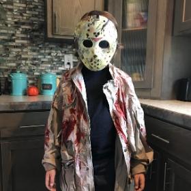 Disfraces de Viernes 13 para Halloween y fiestas de miedo